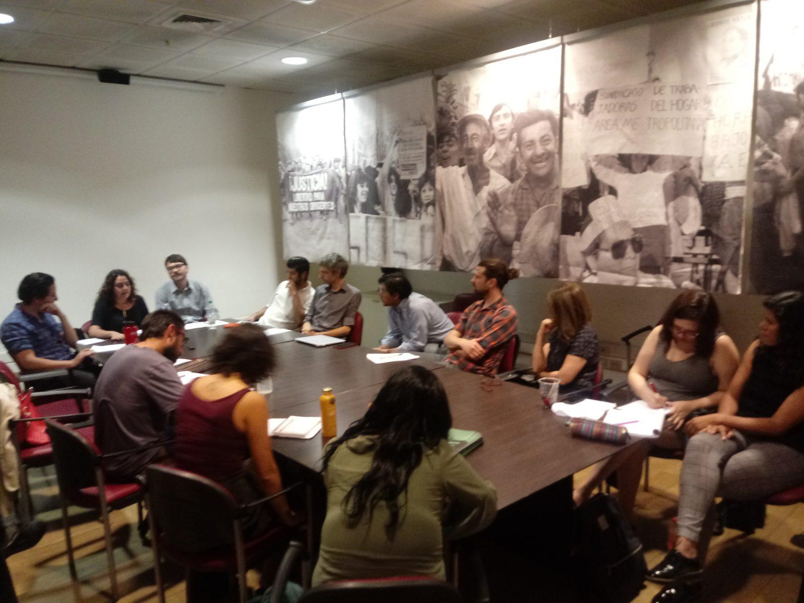 """[NOTA] Series de ficción sobre la dictadura, y su recepción por adultos de entre 50 y 64 años, fueron analizadas en la primera sesión del Coloquio """"Memorias en Conflicto"""" 2018"""